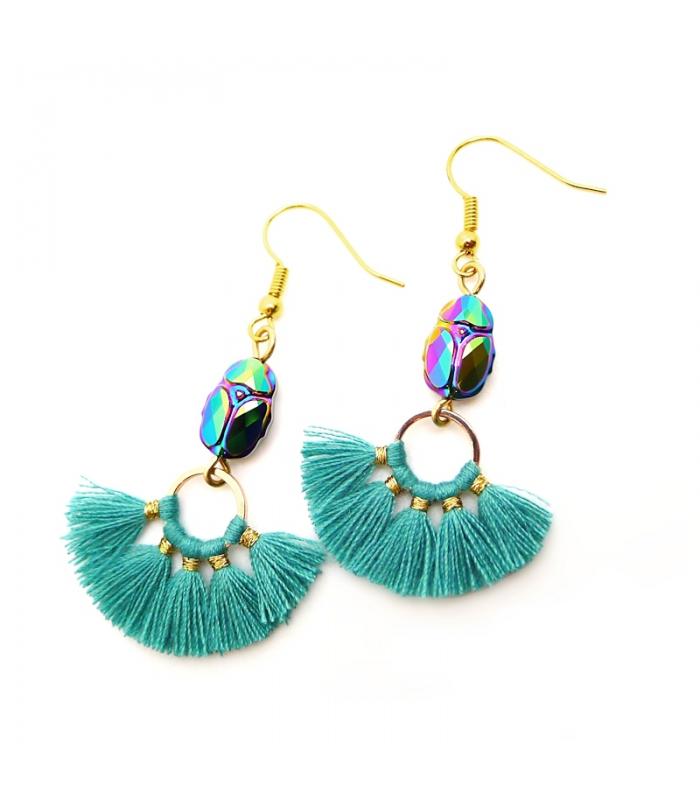http://www.lesbijouxacidules.com/shop/837-thickbox_default/bracelet-pompon-bleu-ciel.jpg